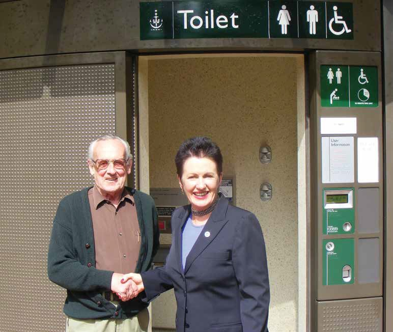 Lord Mayor Clover Moore with Tenant Representative Rick O'Meara at the Ward Park Public Toilet opening.